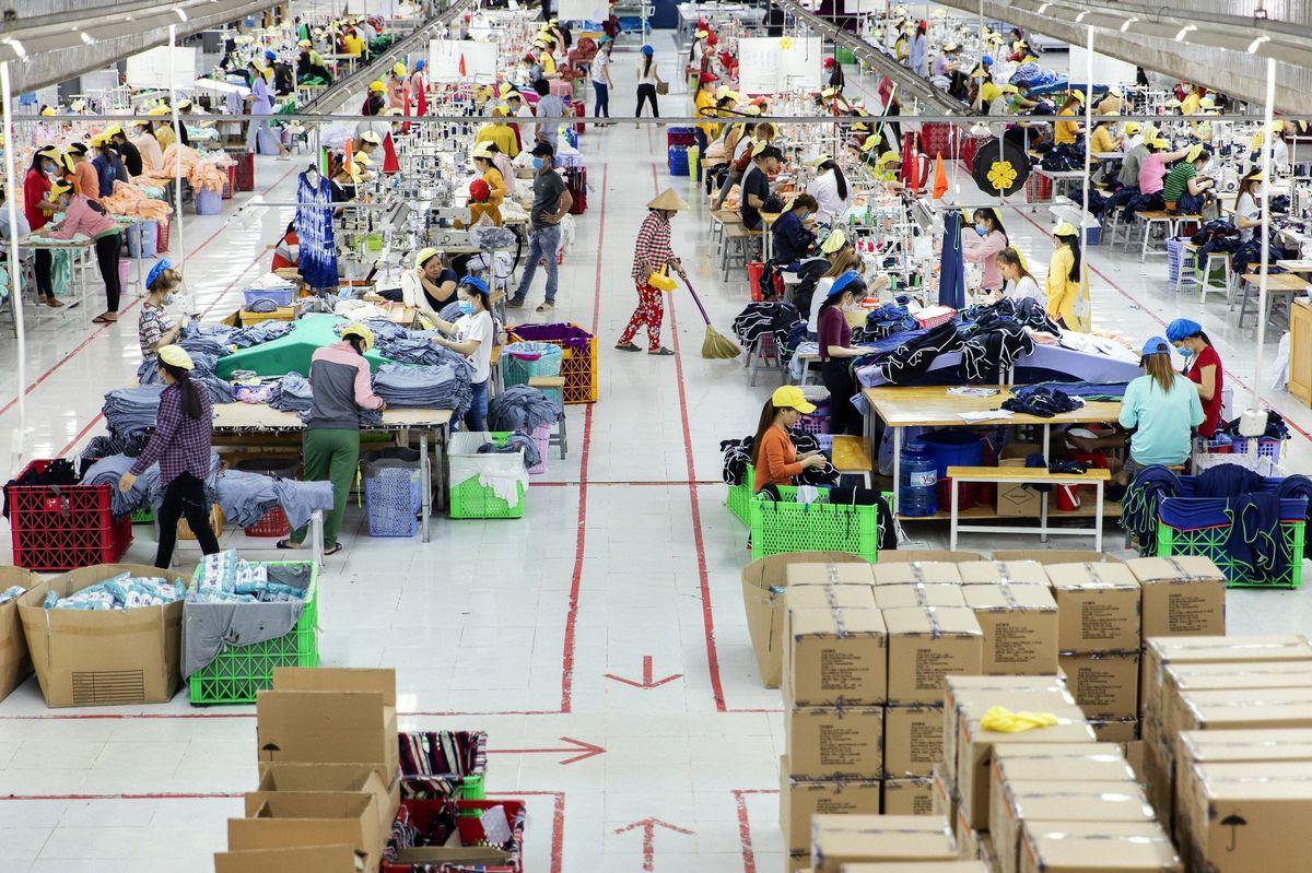 China maintains Vietnam's top import market