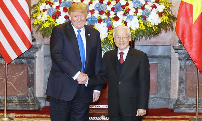 US pledges to bolster Vietnam relations after 25 years