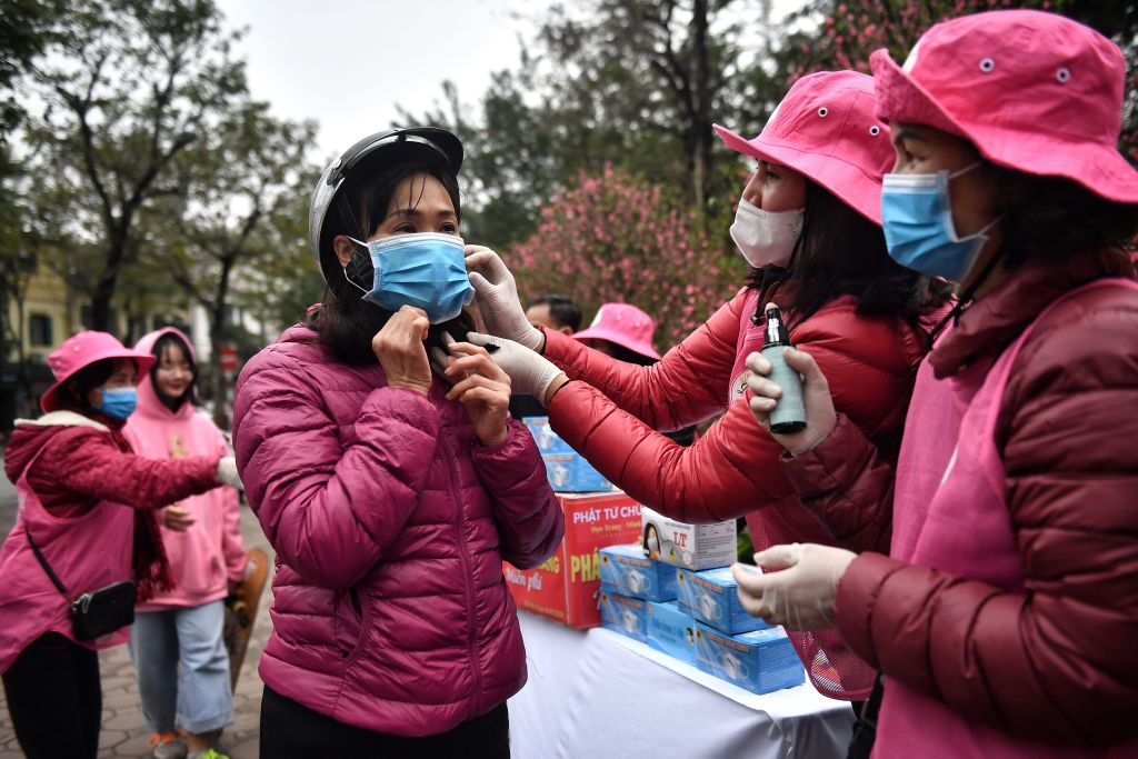 hanoi residents obligated to wear face masks in public places to prevent covid 19