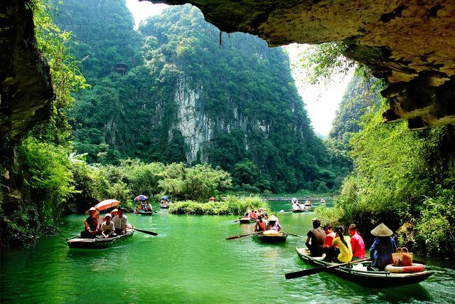 Mua Caves and Gia Vien Sheep field among best places to spend New Year Eve