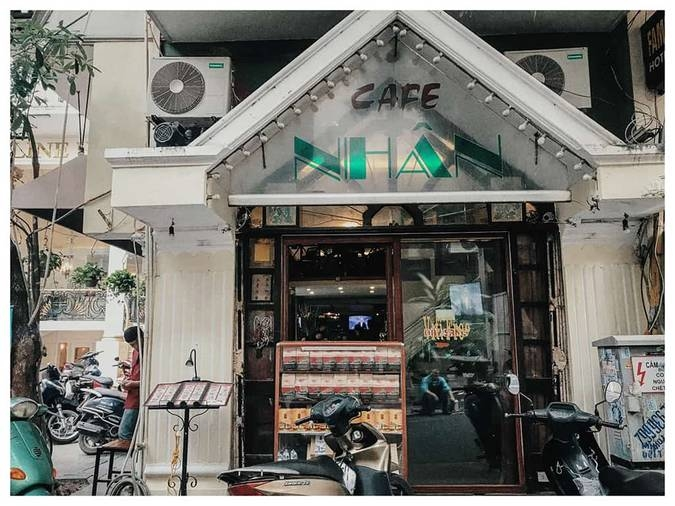 2531-the-big-four-oldest-cafe-in-hanoi