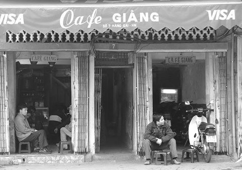 2903-the-big-four-oldest-cafe-in-hanoi