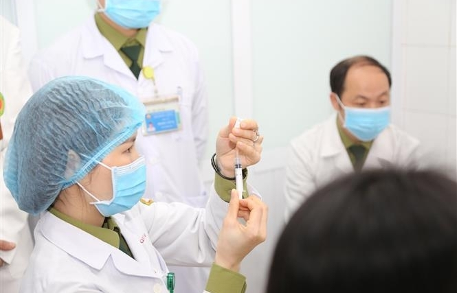 all covid 19 vaccinated people in vietnam are stable health condition