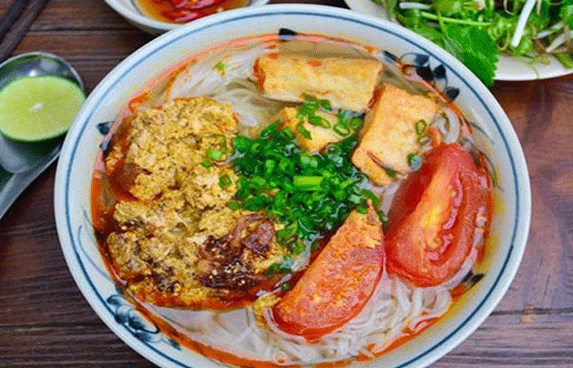 top 3 destinations for best crab noodle soup in hcmc