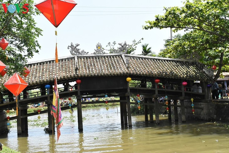 2300-hue-245-year-old-bridge-after-restoration