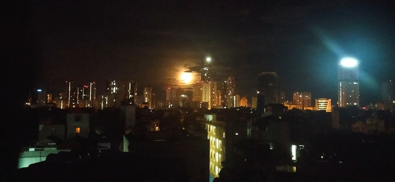 A Gorgeous Mid-Autumn Moon Blesses Recovering Vietnam