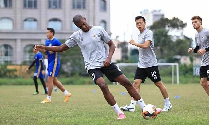 Bruno cantanhede (with the ball) during a training session of hanoi fc. photo courtesy fc.