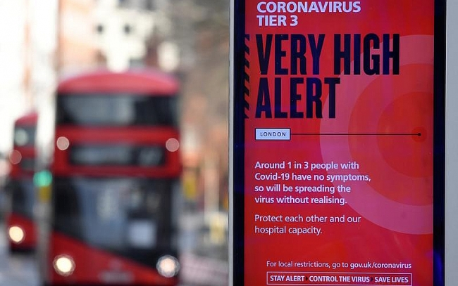Vietnamese in UK on high alert but not afraid of new Covid-19 variant