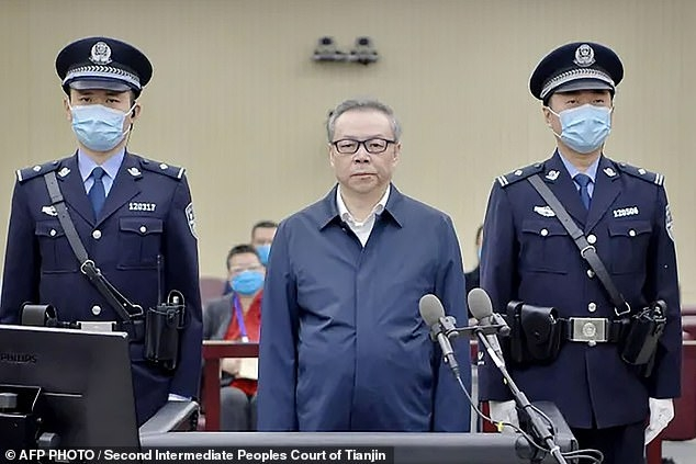 Lai Xiaomin, former Communist Party member, was sentenced to death (Photo: AFP)