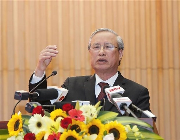 Politburo member and permanent member of Party Central Committee's Secretariat Tran Quoc Vuong speaks at the meeting (Photo: VNA)