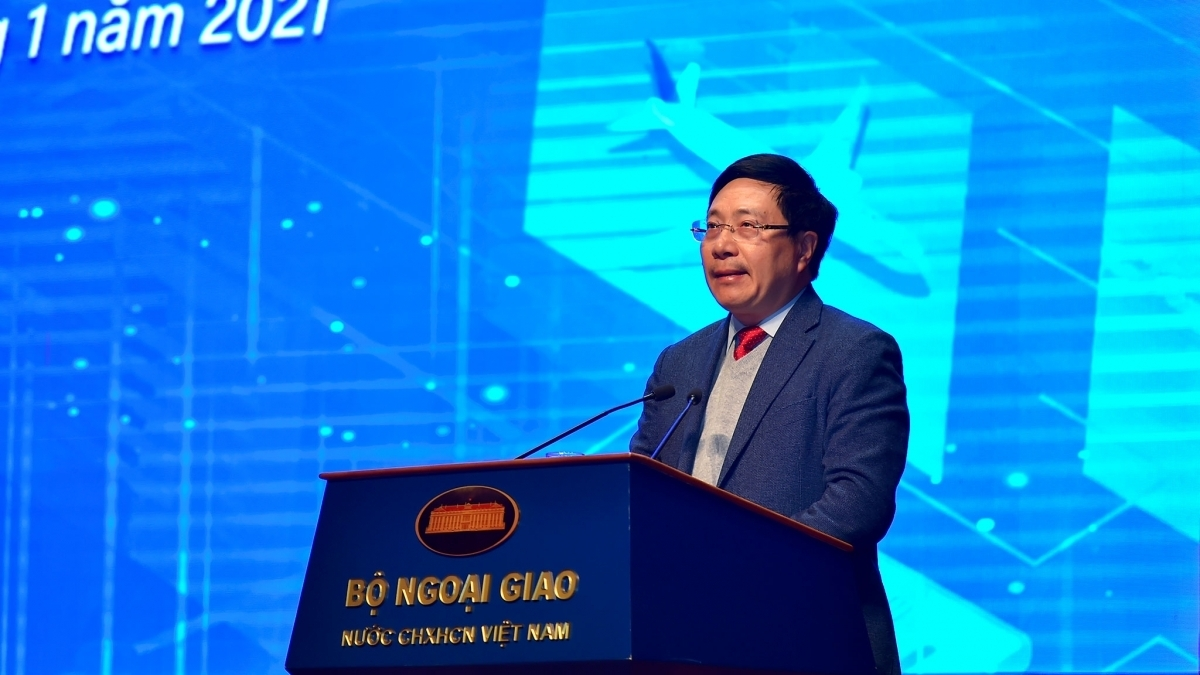 Deputy Prime Minister and Foreign Minister Pham Binh Minh addresses the conference to review Vietnam's diplomatic work in 2020 and outline tasks for 2021.