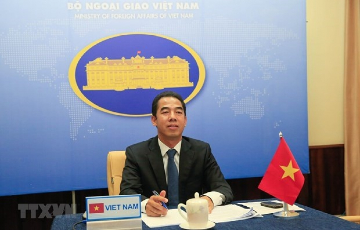 Deputy Minister of Foreign Affairs To Anh Dung (Photo: VNA)