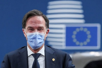 world breaking news today january 16 the dutch government simultaneously resigned