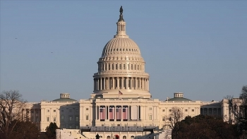 world breaking news today january 19 us capitol briefly shuts down after nearby fire