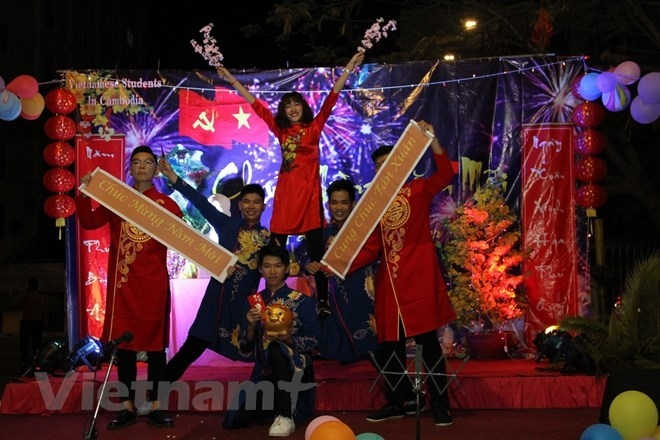 Vietnamese Cambodian welcomed the New Year 2019 (Photo: Vietnam Plus)