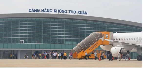 The plane had to halt landing for about 10 mins over safety concerns (Photo: ACV)