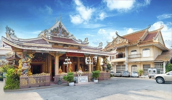 sacred vietnamese pagodas in thailand for a sense of peace in new year