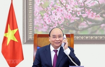 vietnam news today february 15 pm nguyen xuan phuc holds phone talks with lao cambodian leaders