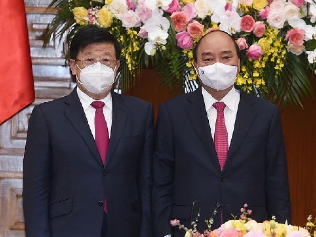 Vietnam greatly values comprehensive strategic co-operative partnership with China