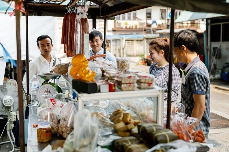 Samsen market  - a Vietnamese culture hub in the middle of Thailand
