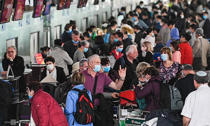 vietnam to suspend visa free travel for italians over coronavirus concerns
