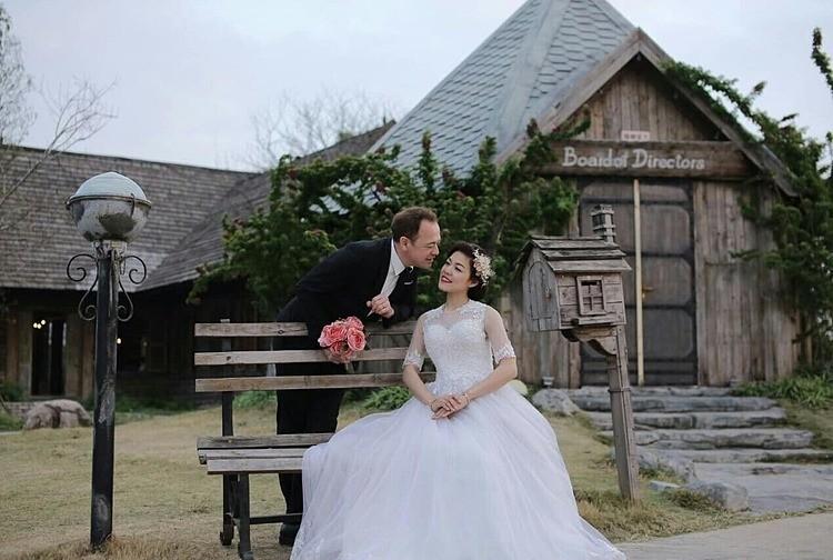 vietnamese one legged cinderella finds her prince