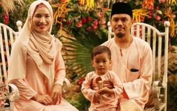 Malaysian son-in-law's pure love for Vietnamese culture