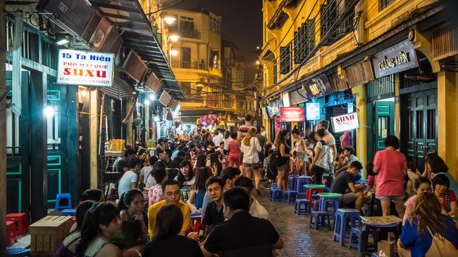 vietnams capital asks for closure of karaoke parlors bars to curb covid 19