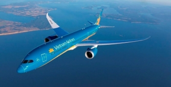 Vietnam Airlines temporarily halts all international flight routes