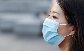 Instruction to 'disinfect' used medical face masks with microwave