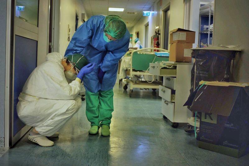 the novel coronavirus outbreak around the globe in pictures
