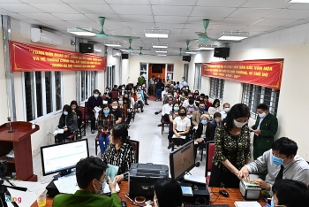 hanoi speeds up chip based id card issuance for residents