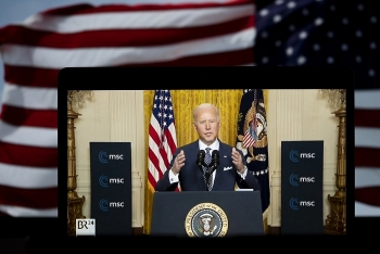 world breaking news today march 12 biden signs 19 trln usd relief bill into law after partisan passage in congress