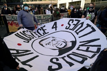 world breaking news today march 13 minneapolis to pay george floyds family 27 million to settle lawsuit