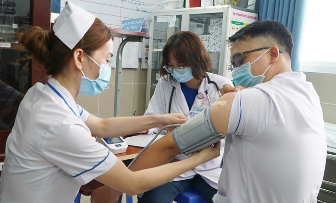 HCMC to start COVID 19 mass vaccination covering 8,000 people