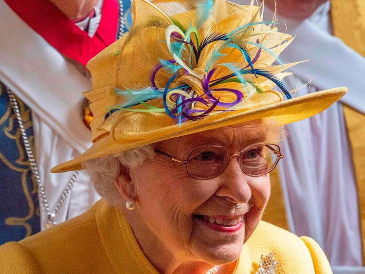World breaking news today (March 25): Man arrested after 'suspicious item' found at Queen's Scotland residence
