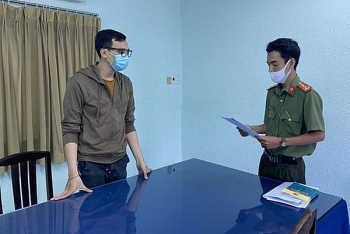 HCMC flight attendant who breaches Covid-19 protocols to stand trial tomorrow