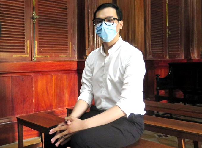 Vietnam Airlines Covid-19 spreader receives two-year probation