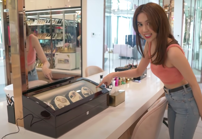 Vietnam's Lingerie Queen Loses  US$433,000 Luxury Watch Collection To Burglary