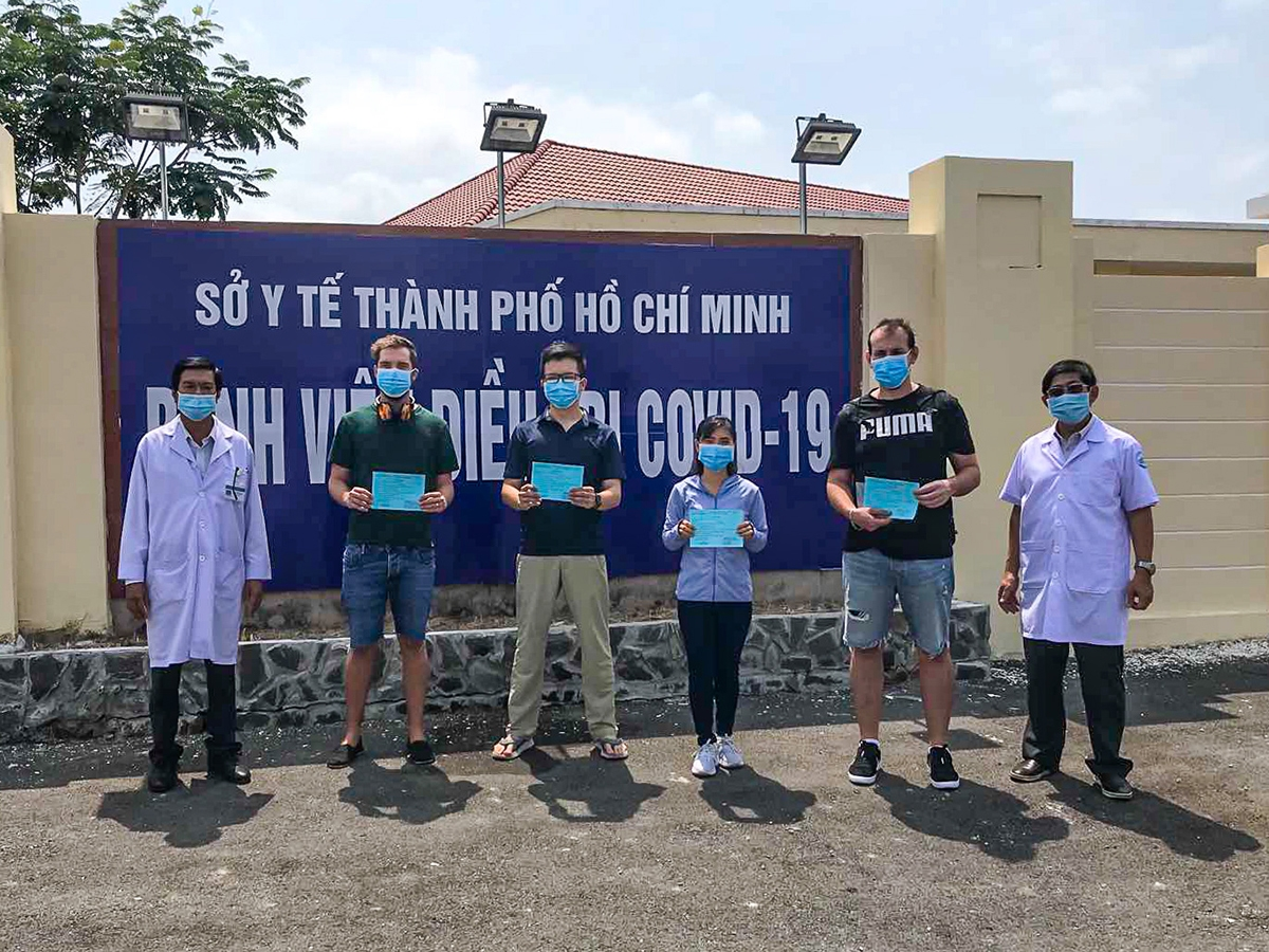 vietnam covid 19 update 27 more patients discharged including 7 foreigners