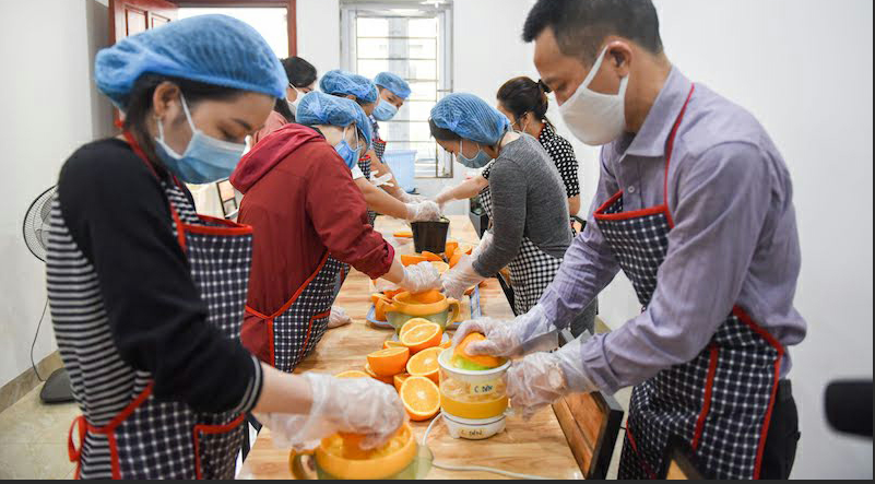 Thousands of fresh juice bottles delivered to COVID-19 frontline medics