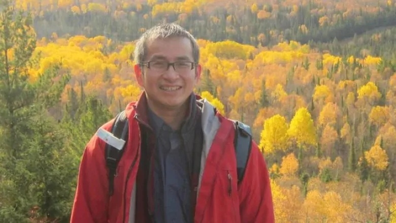 vietnamese canadian doctor in quebec died of covid 19