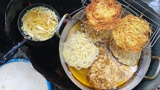 fried sweet potato cake delightful street food in vietnam