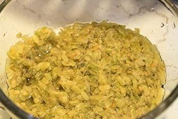 green rice flake cakes fine treat of hanoi