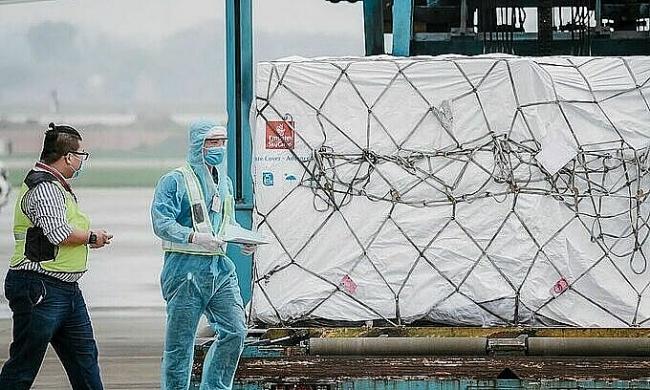 Vietnam taps EU, US, Japan for Covid-19 vaccine access