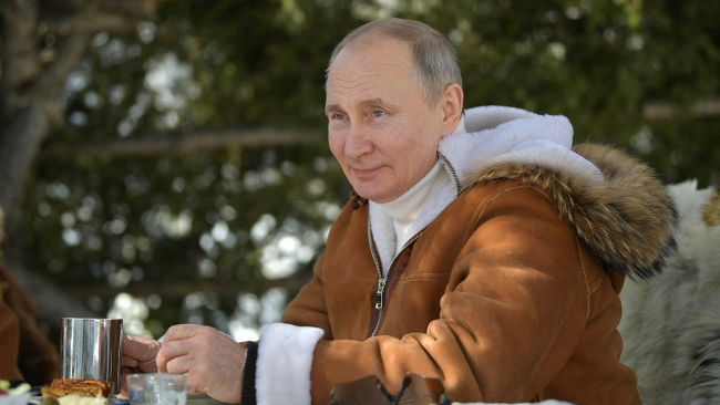 World breaking news today (April 4): Putin Named Russia's Hottest Man