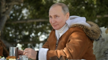 world breaking news today april 4 putin named russias hottest man