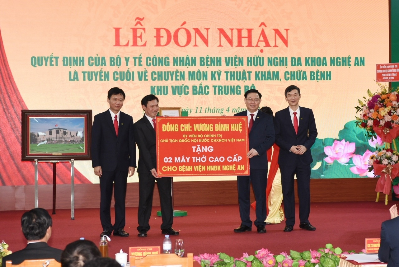 Vietnam News Today (April 12): Romania confident of stronger relations with Vietnam