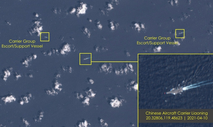 World breaking news today (April 14): US and China deploy aircraft carriers in South China Sea