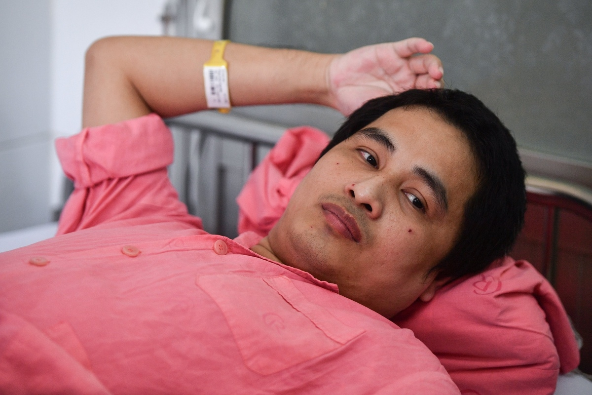 Critical patient in Vietnam covered  US $1,6 milion for treatment fees by medical insurance